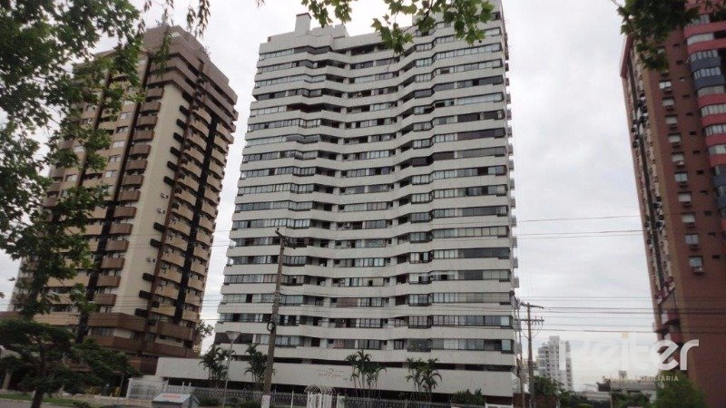 02 Entrada do Prédio Apartamento   à Venda Menino Deus, Porto Alegre (Código 5417)